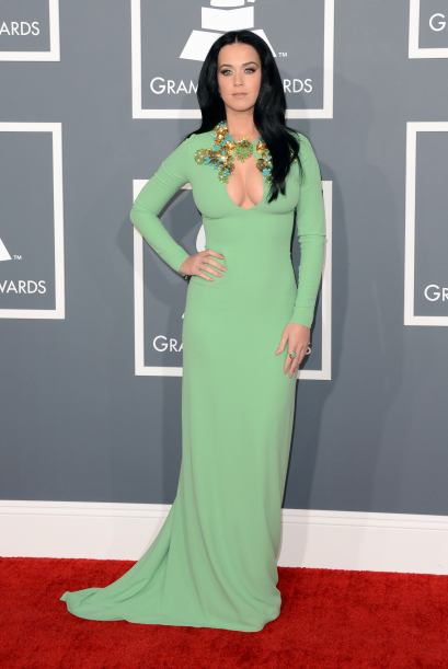 red-carpet-grammy-2013-50_409x611